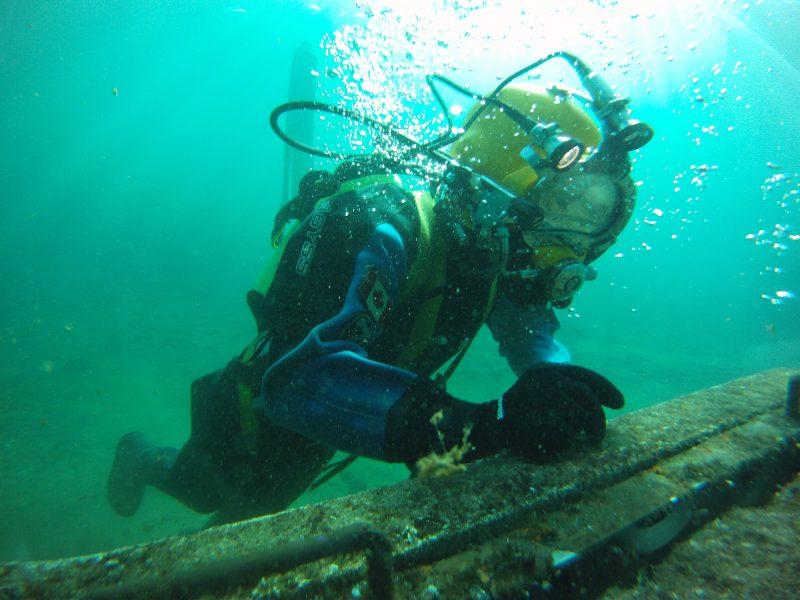 Hiring a Commercial Diver